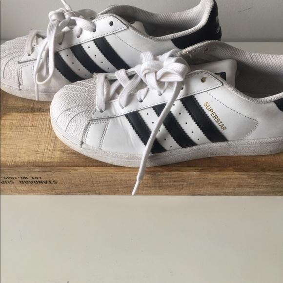 69% le adidas superstar poshmark scarpe originali delle donne
